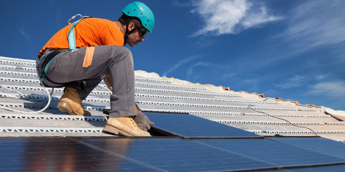 Professional solar panel installers